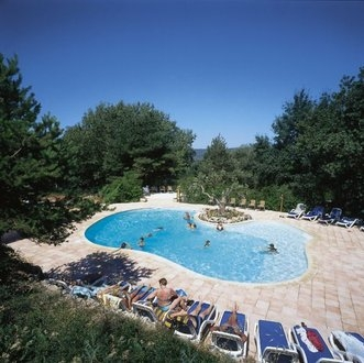 Destination ce camping chanteraine aiguines var provence for Camping gorge du verdon avec piscine
