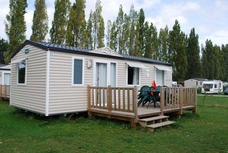 Destination ce camping domaine de la ville huchet saint for Camping saint malo piscine couverte